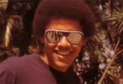 barack obama in cool sunglasses
