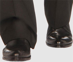 Black pants, black shoes. Period.