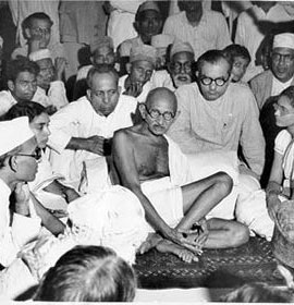 Ask the MB: Barefoot at Dinner Party