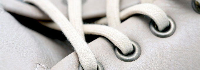 Ask the MB: What's the Right Way to Tie Shoelaces?