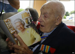 Mourning an MB: World's Oldest Man Henry Allingham Dead at 113